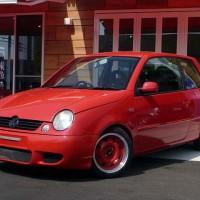 中古 VW ルポ 1.4 赤